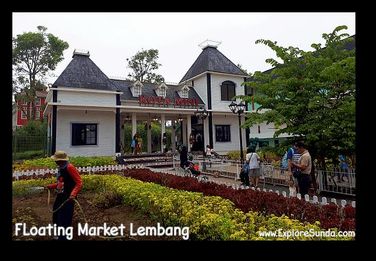 The entrance of Kota Mini in Floating Market Lembang.