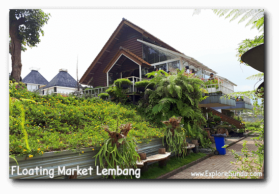 Small cottage to add features in our selfies in Rainbow Garden - Floating Market Lembang.