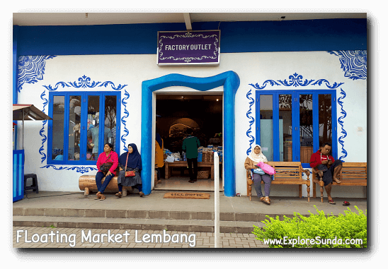 The factory outlet at Floating Market Lembang.
