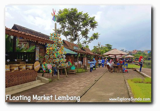 Shopping in Floating Market Lembang.