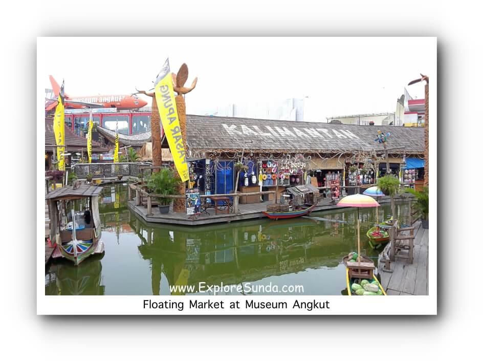 Floating Market in front of MuseumAngkut at JatimPark complex | Batu, Malang.