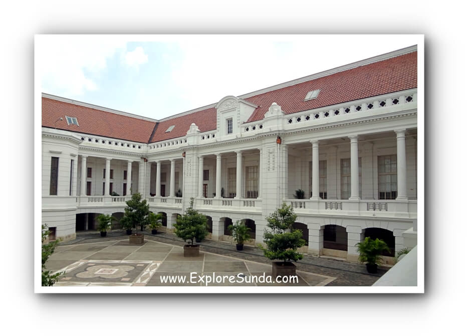 Enclosed courtyard of Museum Bank Indonesia in Kota Tua Jakarta