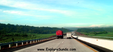Purbaleunyi Toll Road - a road trip from Jakarta to Bandung.