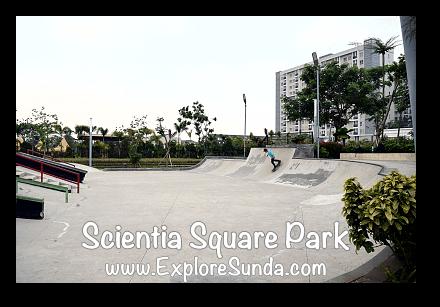 Skateboard challenge at Scientia Square Park - Summarecon Serpong, Tangerang Selatan