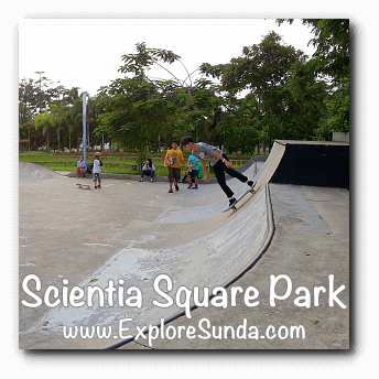 Skateboarding  at Scientia Square Park, Summarecon Serpong