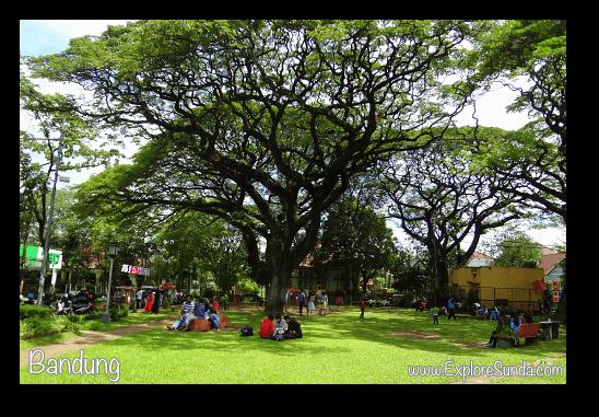 Taman Foto (Photography Park) in Bandung.
