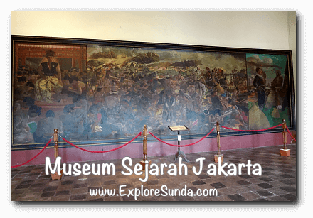 Pertempuran Antara Sultan Agung dan Jan Pieterszoon Coen, one of the  masterpiece at Jakarta History Museum