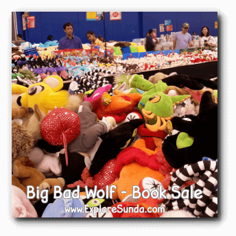 Stuffed toys sold at Big Bad Wolf Book Sale Jakarta, ICE - BSD City