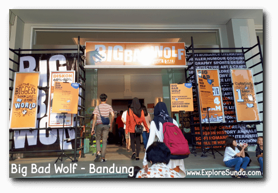 Entering Big Bad Wolf book sale in Bandung.