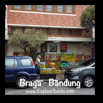 Paintings displayed for sale at jalan Braga Bandung