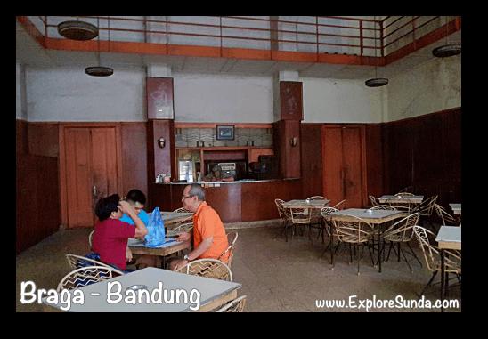 Sumber Hidangan at jalan Braga Bandung