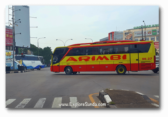 Intercity buses on the way to Leuwipanjang bus station in Bandung.