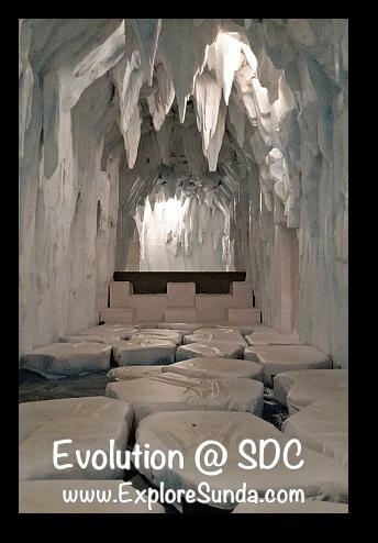 Evolution - Journey of the Earth at Summarecon Digital Center