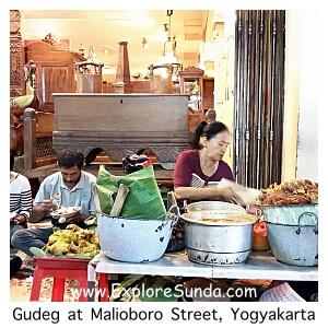 Dine gudeg at Malioboro street, Yogyakarta