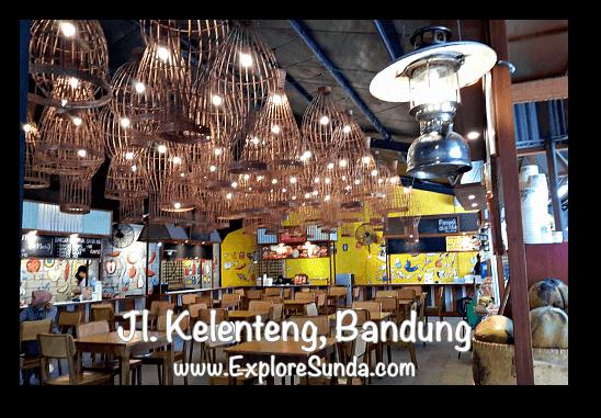 Indoor seating at Chinatown foodcourt in jalan Kelenteng Bandung