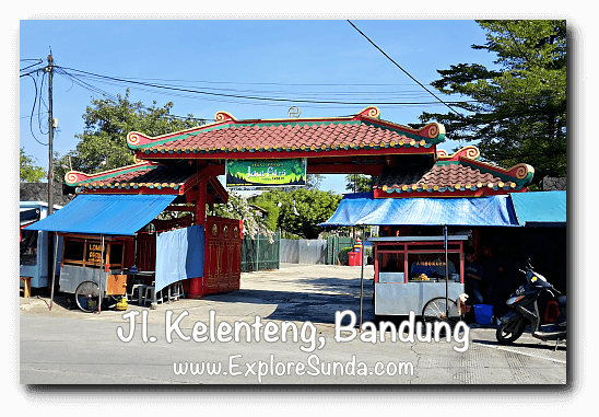 The gate of Vihara Satya Budhi, jalan Kelenteng Bandung
