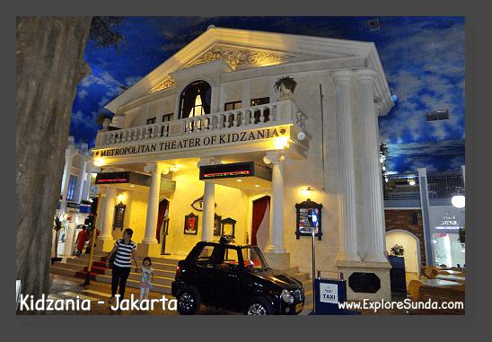 Going to theater in Kidzania - Jakarta.