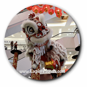 Lion Dance, based on the Chinese myth during Imlek / Chinese New Year.