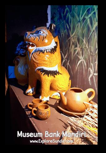 Piggybank or tigerbank? ;-) The display of various piggybanks in Museum Bank Mandiri at Kota Tua Jakarta
