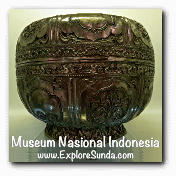 Silver bokor from Palembang - a collection of Museum Gajah (The National Museum of Indonesia), Jakarta