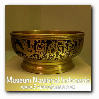 Brass bowl from Banjarmasin, South Kalimantan - a collection of Museum Gajah (The National Museum of Indonesia), Jakarta