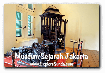 Antique pulpit from Kampong Baru/Bandengan, now displayed in Jakarta History Museum