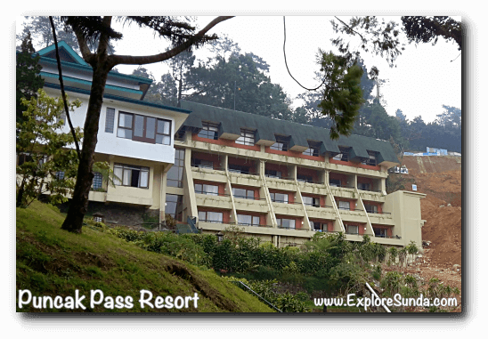 Hotel rooms in Puncak Pass Resort.