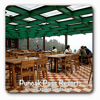 Restaurant in Puncak Pass Resort