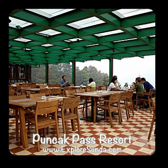 Restaurant in Puncak Pass Resort