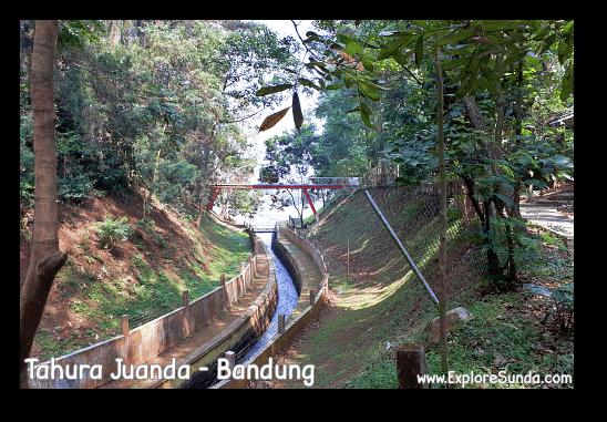 A bridge crossing Cikapundung river at Taman Hutan Raya Ir. H. Djoeanda | TahuraJuanda - DagoPakar, Bandung.