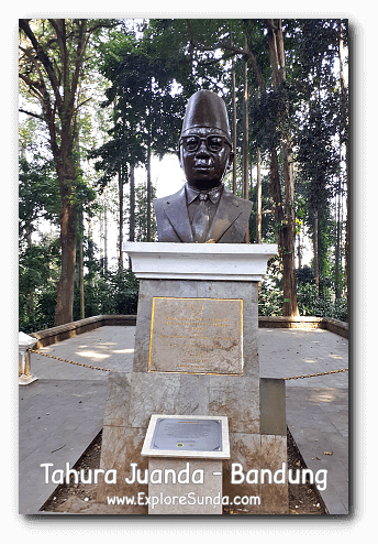 The head bust of Ir. H. Djoeanda with Djoeanda Declaration below it, at Taman Hutan Raya Ir. H. Djoeanda | TahuraJuanda - DagoPakar, Bandung.