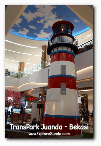 A decorative lighthouse in the middle of TransPark Juanda, Bekasi