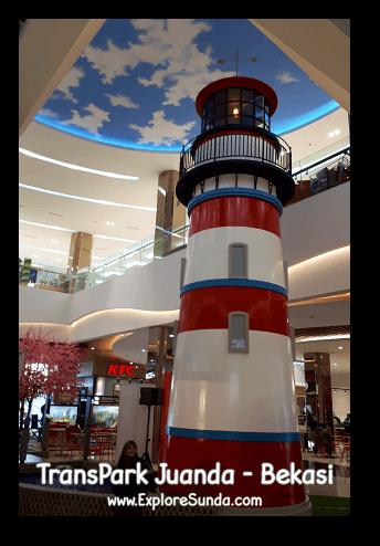 A decorative lighthouse in the middle of TransPark Juanda, Bekasi