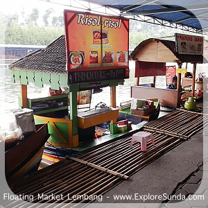 Foodcourt at Floating Market Lembang