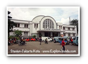 Stasiun Jakarta Kota a.k.a. Beos at Kota Tua Jakarta