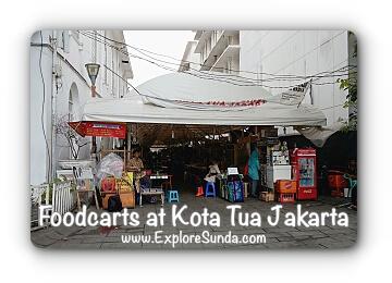 Foodcarts at Kota Tua Jakarta