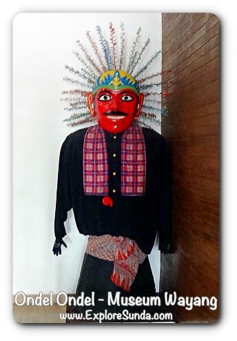 Male Ondel Ondel - Museum Wayang